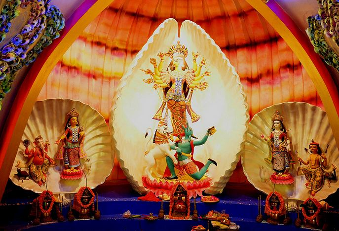 Suruchi Sangha Durga Puja Club Kolkata