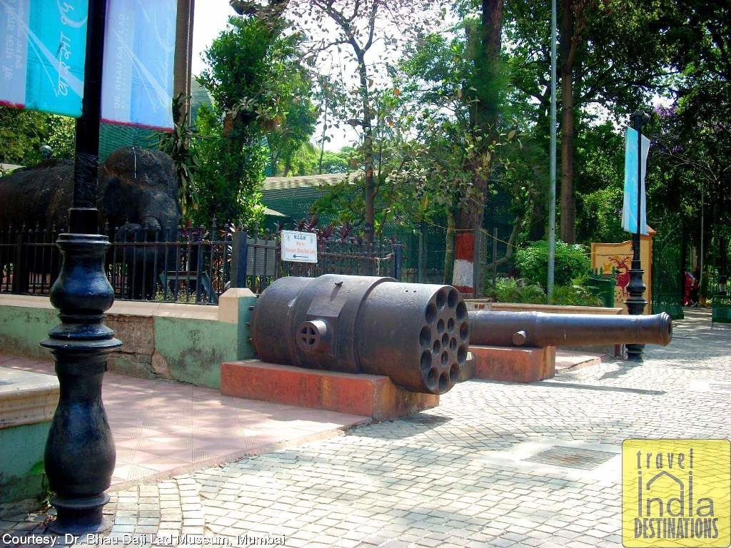 Cannon Outside the Museum