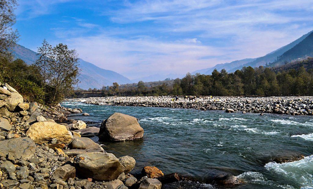 Beas River, Kullu, Himachal Pradesh